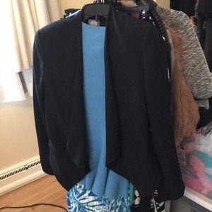 NWT sz 2 black blazer Vince Camuto